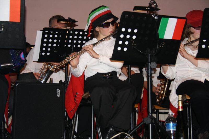 Tour du monde avec la musique Harmonie de Wangen ,21 novembre 2009 Img_6412
