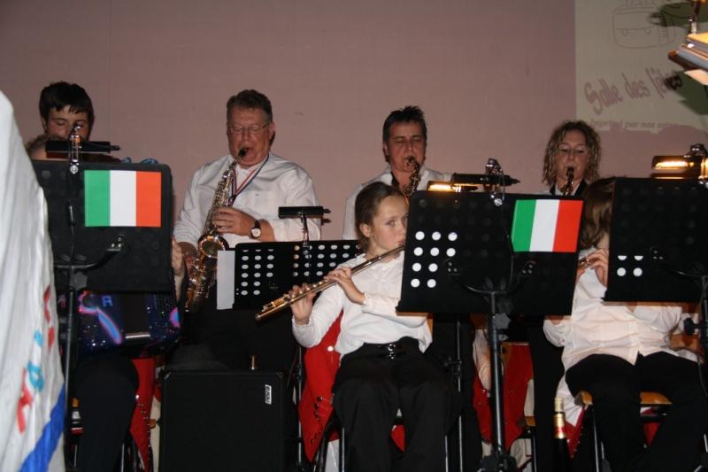 Tour du monde avec la musique Harmonie de Wangen ,21 novembre 2009 Img_6414