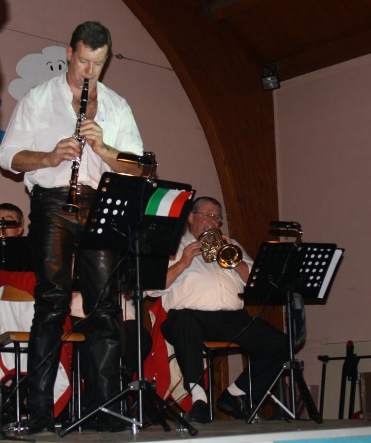 Tour du monde avec la musique Harmonie de Wangen ,21 novembre 2009 Img_6418