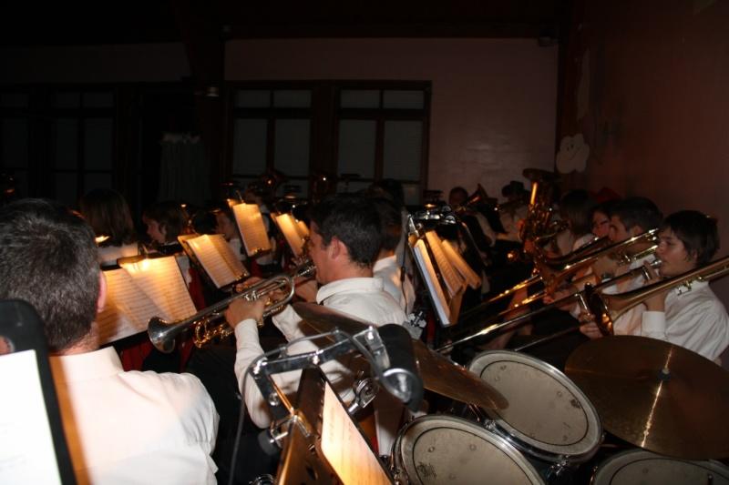 Tour du monde avec la musique Harmonie de Wangen ,21 novembre 2009 Img_6430