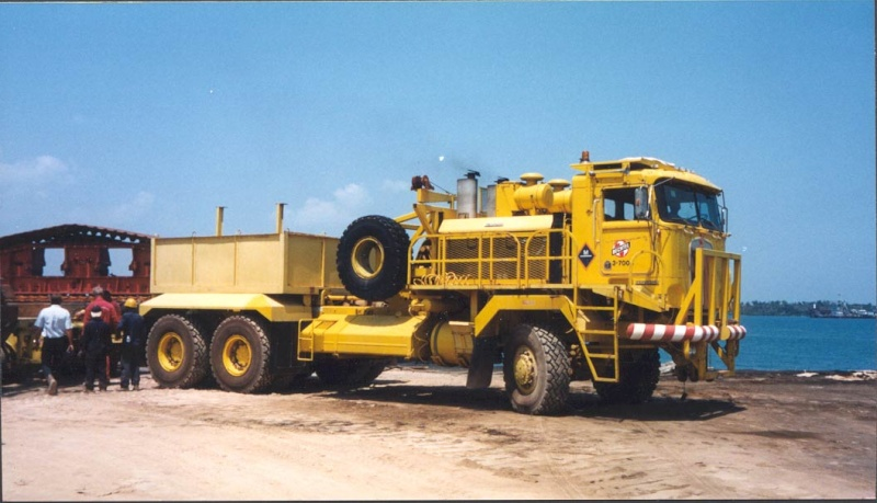 COLLECTION CAMIONS HORS NORMES 1/50 F2d56810