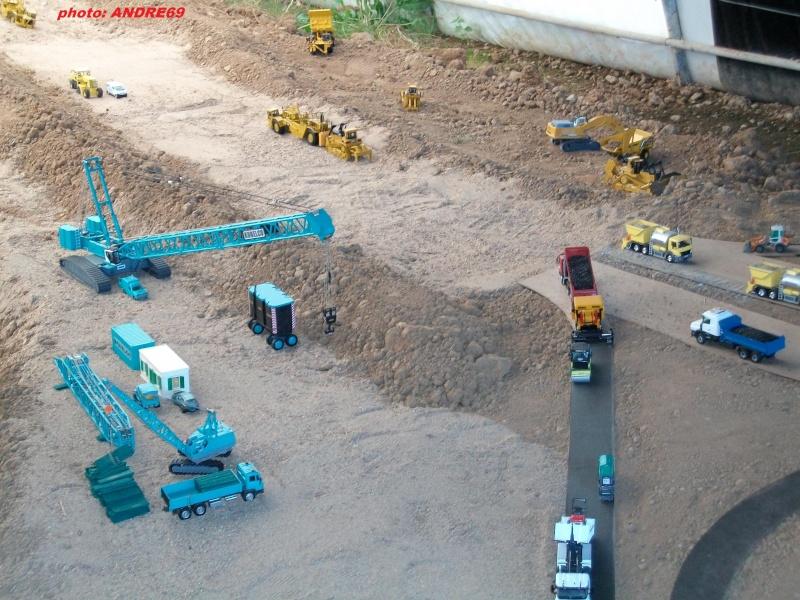 DIORAMA GEANT RETRO-MACHINE 2009 Imgp0146