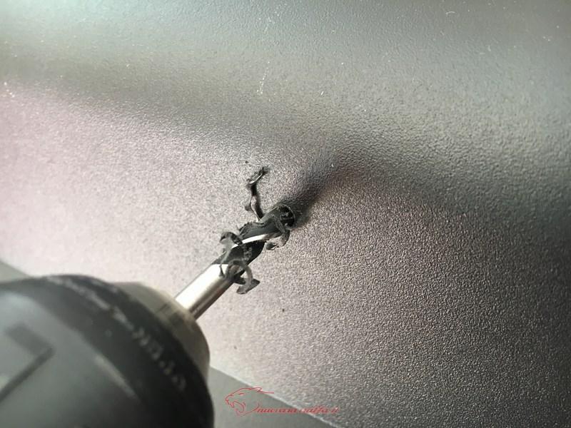 D.I.Y. Installazione schienalino morbido su bauletto GiVi Trekker.  Img_4022
