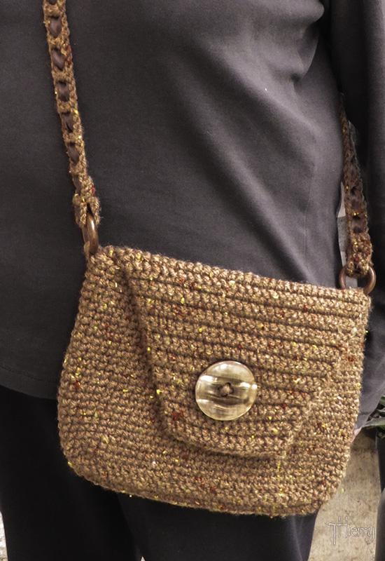 un sac au crochet pour emmener mes ptits points Imgp2210