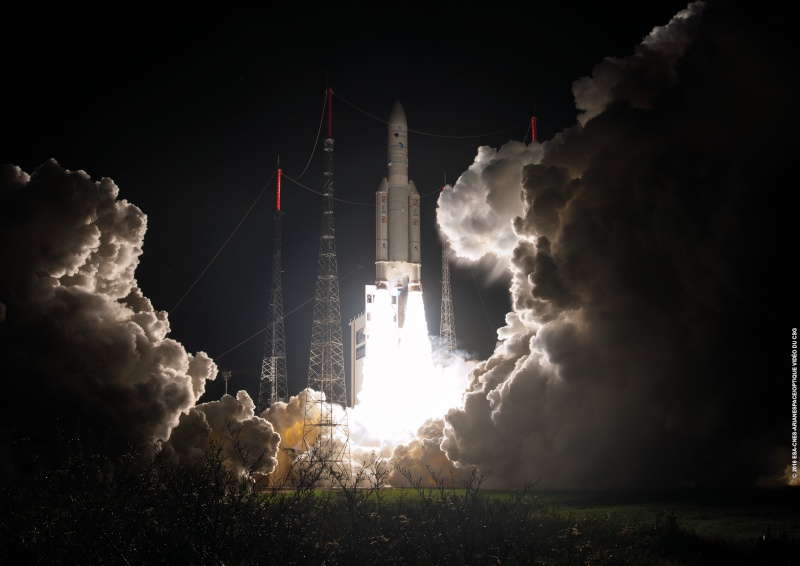 Lancement Ariane VA229 - Eutelsat 65 - 9 mars 2016   - Page 2 Va229_10