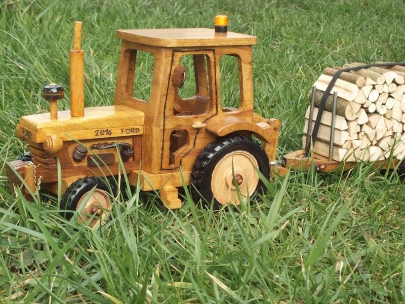 Tracteur agricole.  Tracte14