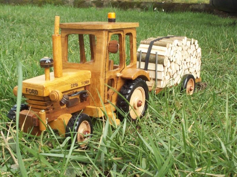 Tracteur agricole.  Tracte15