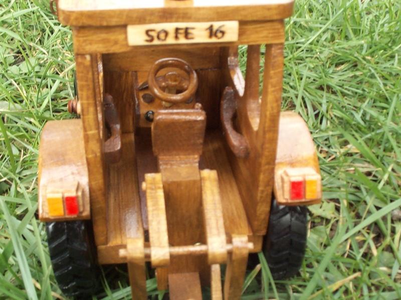 Tracteur agricole.  Tracte17