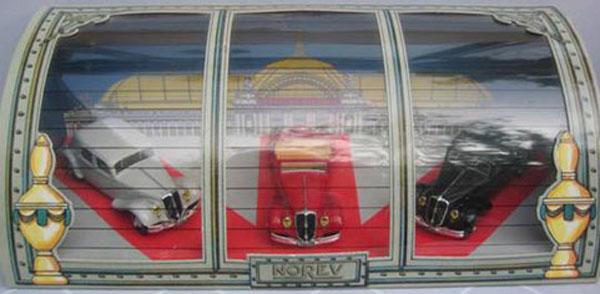 Norev - collection Ligne Noire 92 et rééditions - La 22 CV Coffre10