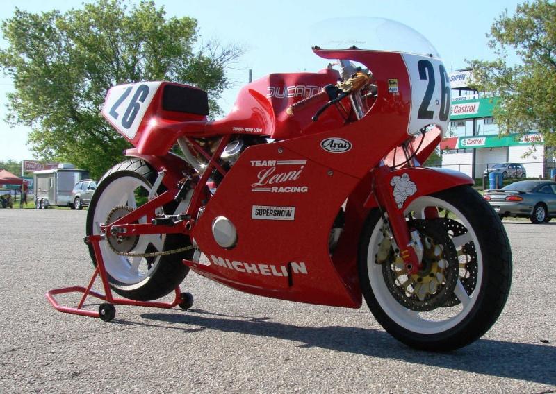 Ducat' Racing  Ducati11