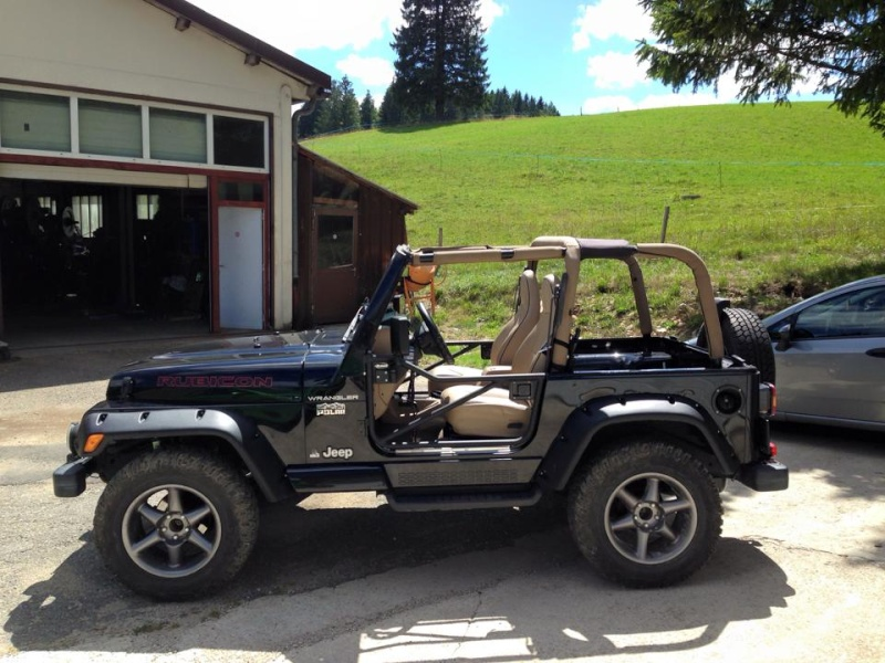 kviper et ces 2 jeep 25610