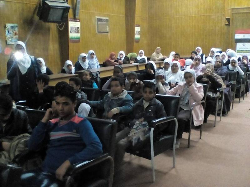 مشاركة طالبات المدرسة في ندوة بمركز الاعلام بعنوان ( مصر جميلة ) 241