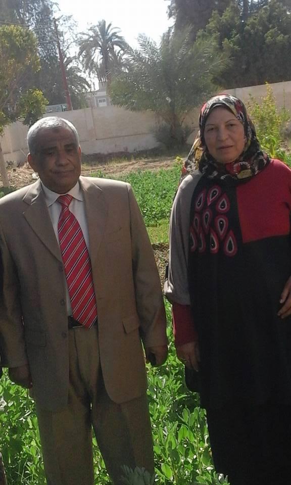 بالصور :ا/مجدى منصور مدير عام الاداره التعلميه بالخارجه بالمدرسة 252