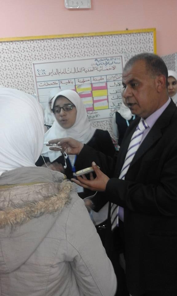 المذيع/ناصر الدمرداش يلقى الضوء على الانجازات التى تحققت فى مدرسة نجيب محفوظ  331