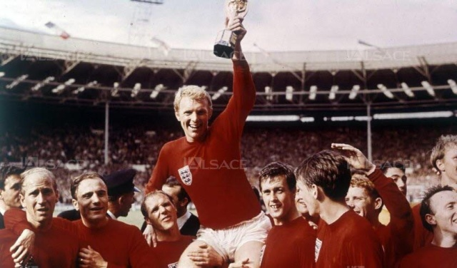L'Angleterre - The Three Lions - Page 2 1966-l10