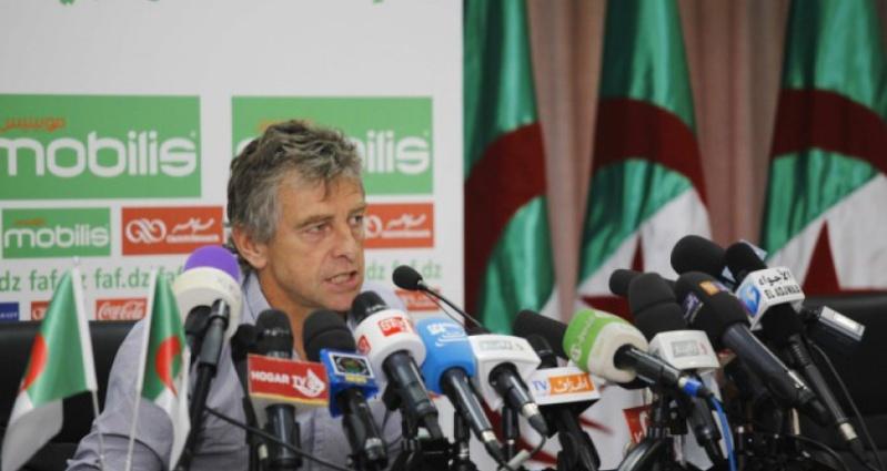 Le foot algérien  Gourcu10