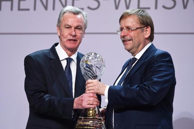 [ALL] DFB: plus grande association sportive du monde. Topele13