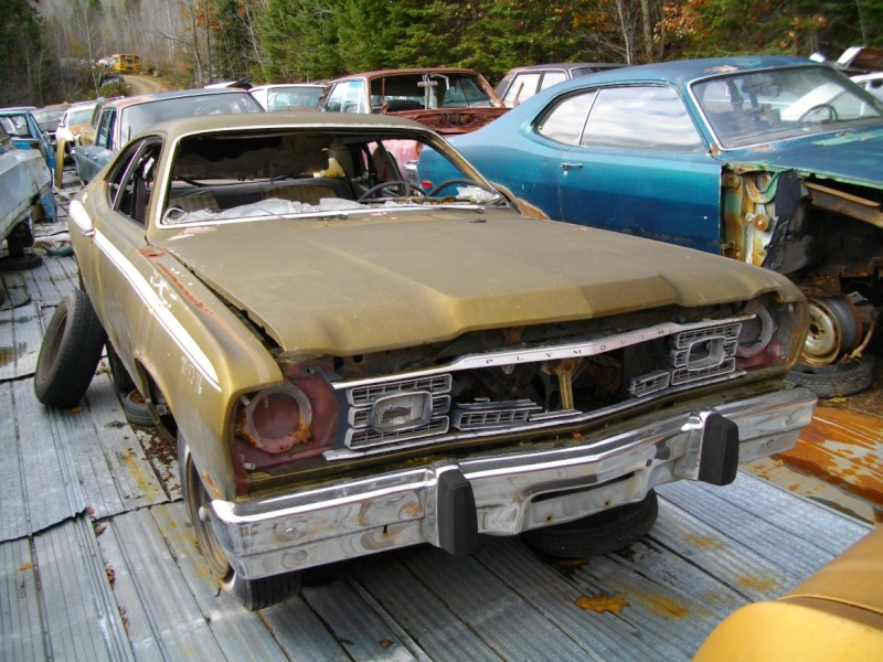 Duster 1971, moulure vitres coté. Plymou10