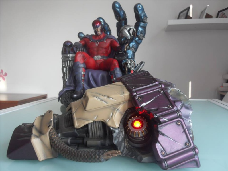 Premium Collectibles : Magneto on Sentinel Throne - Page 22 14522610