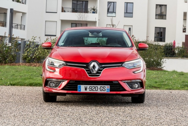 2016 - [Renault] Clio IV restylée - Page 13 Renaul26