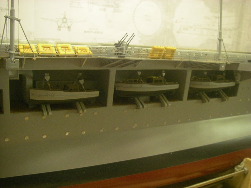 Flugzeugträger Graf Zeppelin 1:100 - Seite 33 Imgp8037