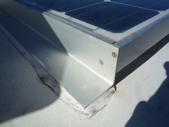 [Maroc/TV]  Panneau solaire P1130310