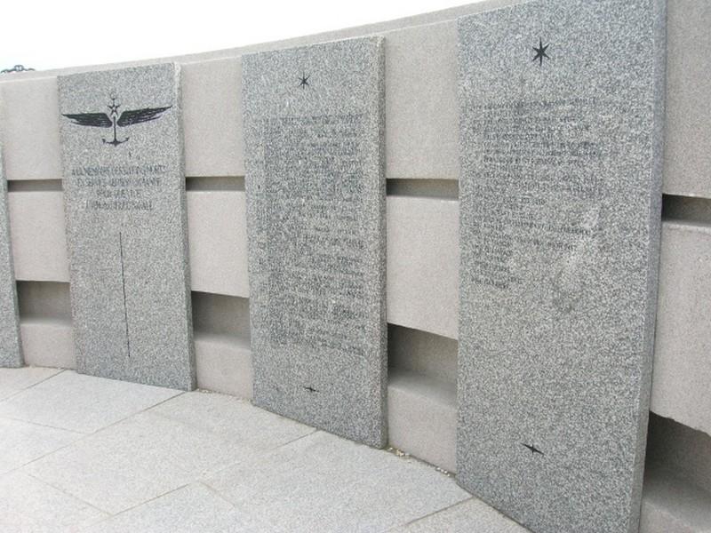 Memorial de l'Aeronautique Navale du Cap de la Chévre Dscn1513