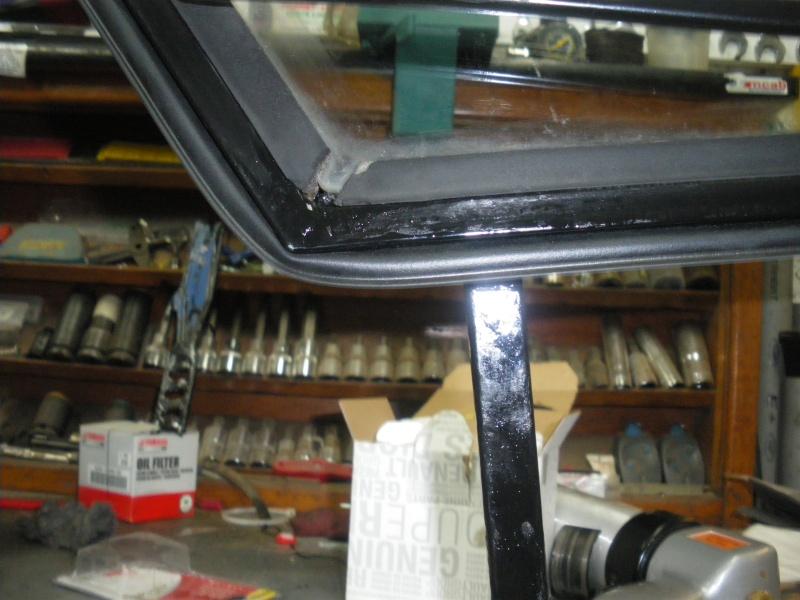 joints caoutchouc de portes torpédo et de cadre de vitre unimog 421 Imgp0450