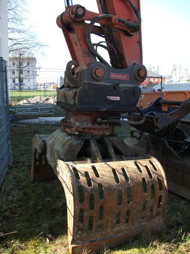 Abrissbagger im Technikmuseum Speyer. 211