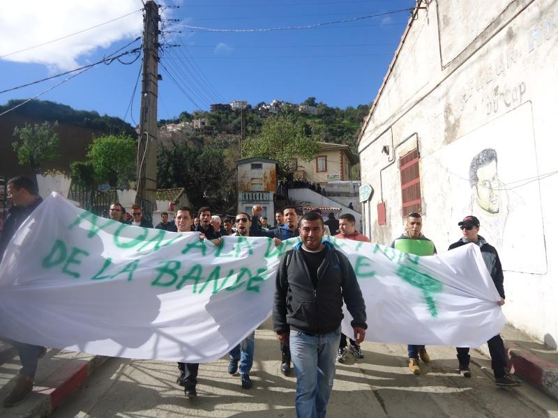 Marche à Aokas contre la destruction de la bande boisée  - Page 2 Dsc06630
