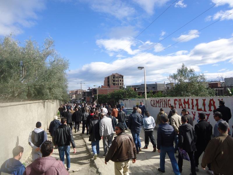 Marche à Aokas contre la destruction de la bande boisée  - Page 2 Dsc06710