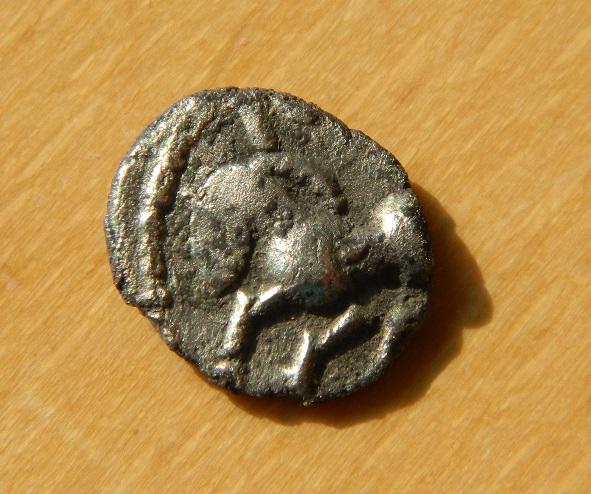 monnaie gauloise a id Dscn6411