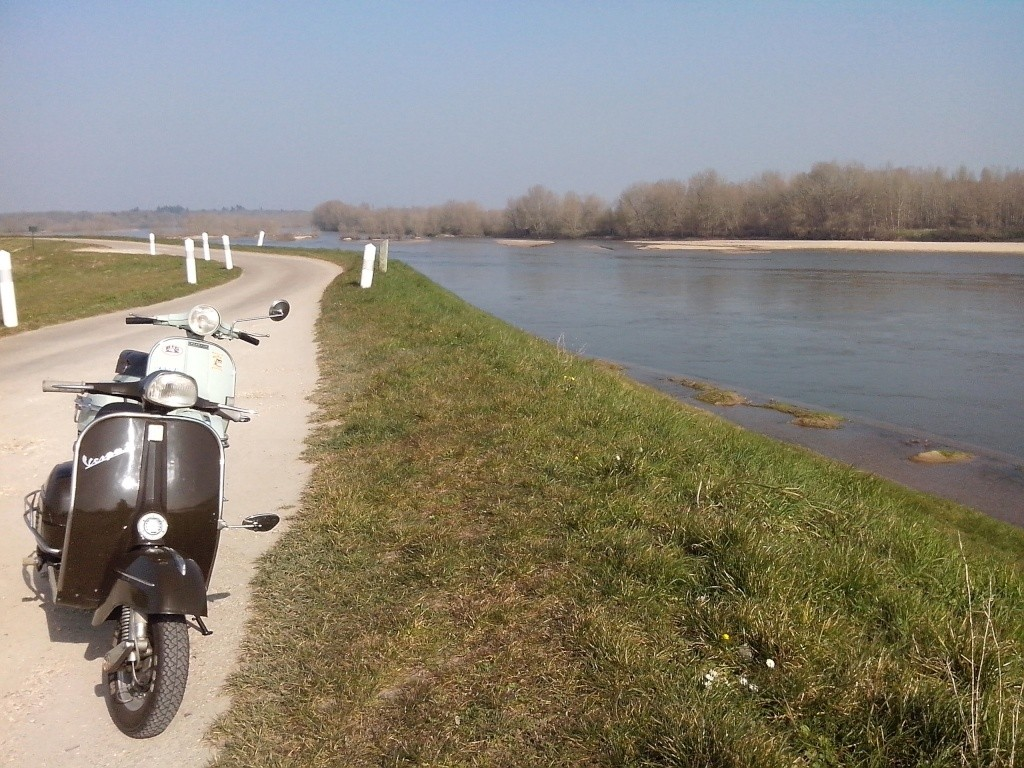 Spring 2016: SprinX on the Loire river Img_2035