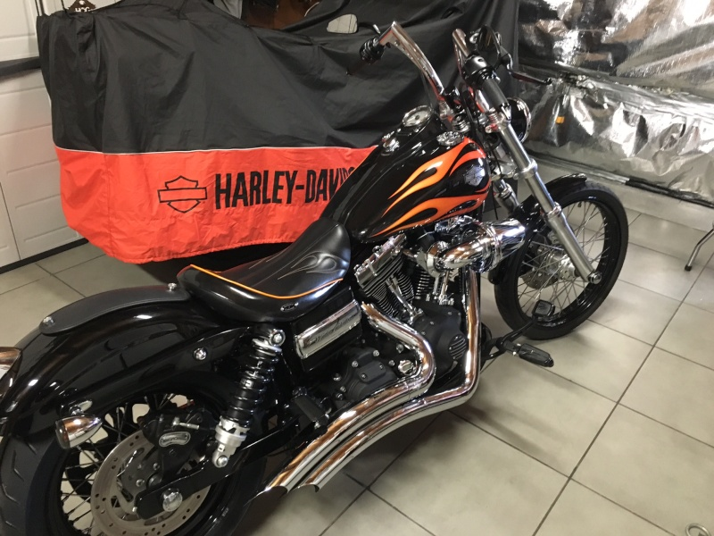DYNA WIDE GLIDE, combien sommes-nous sur Passion-Harley - Page 25 Img_0321