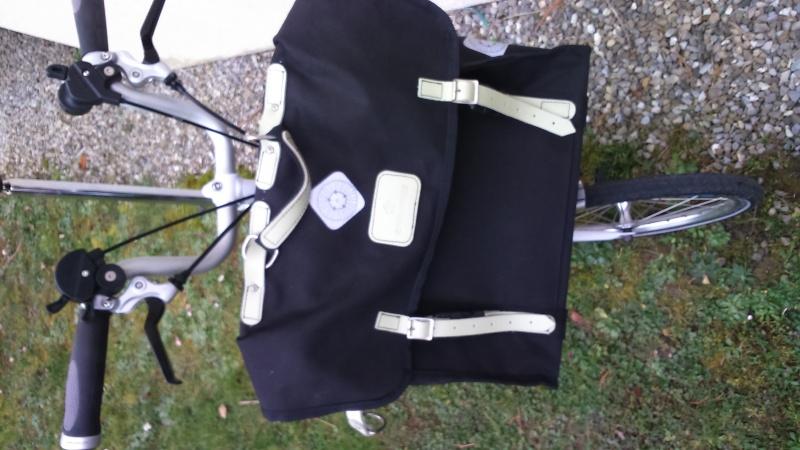 [VENDU] - M6R +sac Carradice Dsc_0111