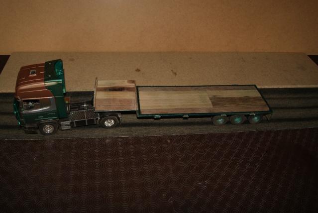 Présentation de ma nouvelle réalisation caravane de forain. Scania21