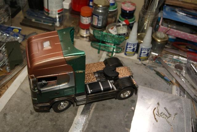 Présentation de ma nouvelle réalisation caravane de forain. Scania26