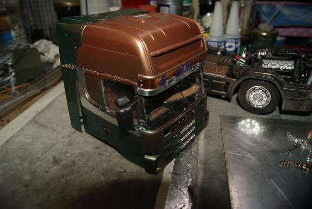 Présentation de ma nouvelle réalisation caravane de forain. Scania29