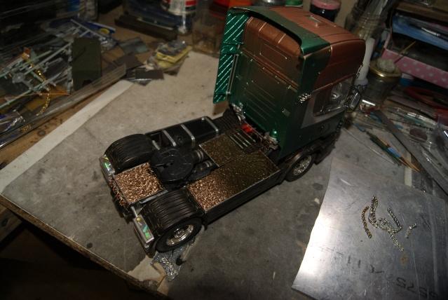 Présentation de ma nouvelle réalisation caravane de forain. Scania33