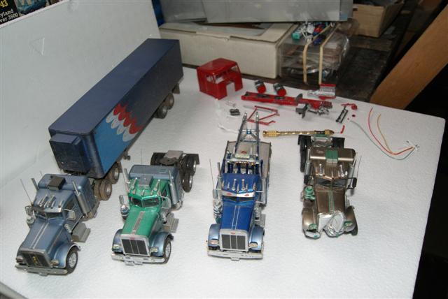 Diorama au 1-43  Trucks10