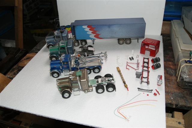 Diorama au 1-43  Trucks11