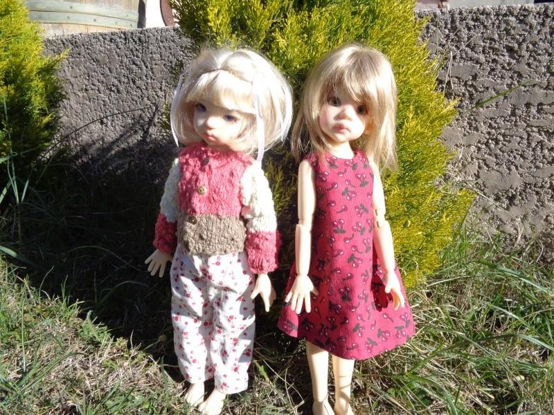 Camille et Mathilde profitent des cours de couture de Léoniepimpon - 1ère leçon Dsc02018