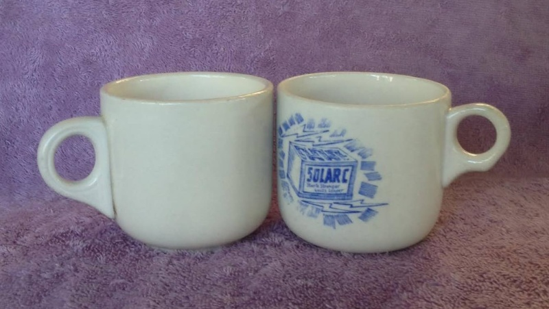 Ambrico e/w cups and saucers like smaller railway cups 700b10