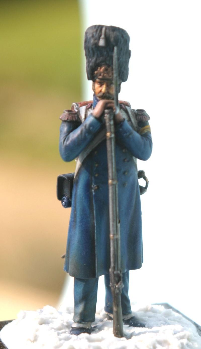 Fil rouge 2021 * Grenadier de la garde (airfix 54mm) *** Terminé en pg 4 - Page 4 Img_5416