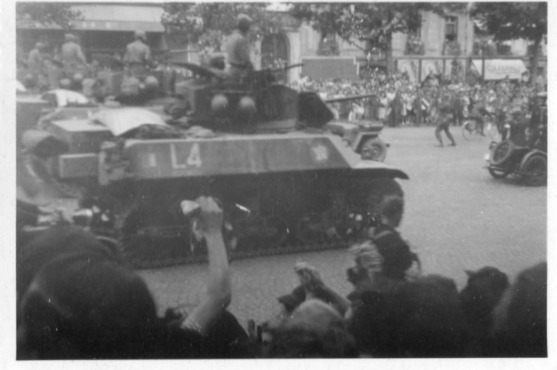 lot photos liberation paris datée 26 aout  et 29 sept 1944 Photo_26