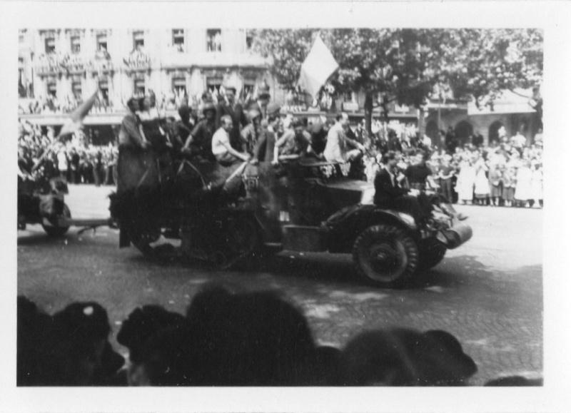 lot photos liberation paris datée 26 aout  et 29 sept 1944 Photo_34