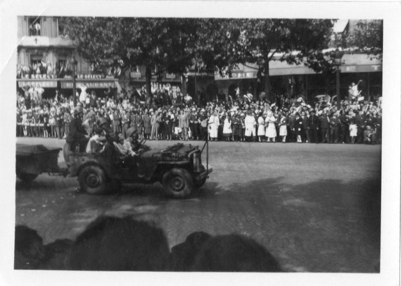 lot photos liberation paris datée 26 aout  et 29 sept 1944 Photo_37