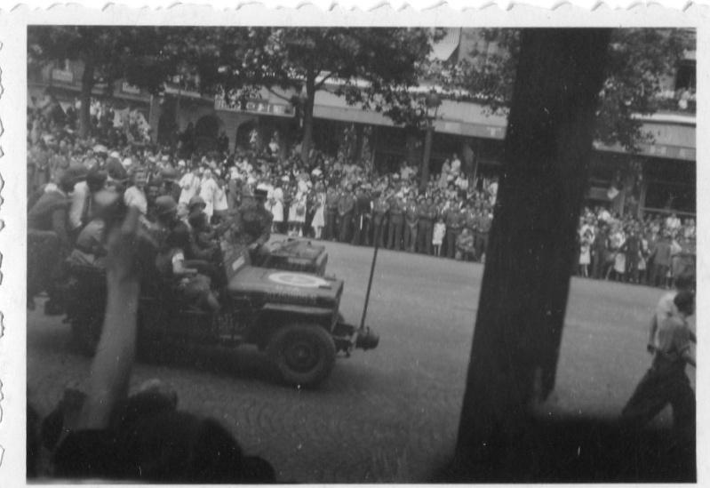lot photos liberation paris datée 26 aout  et 29 sept 1944 Photo_47