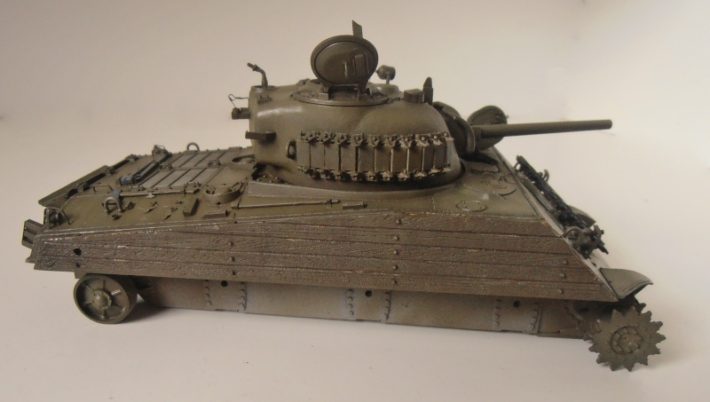 "Sherman M4A3 "" made in Pacifique "" ( Tamiya, Eduard, Neo Models au 1/35eme ) - Page 4 P3200316"