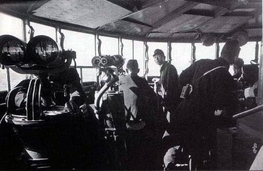 Croiseurs japonais - Page 3 Abu110